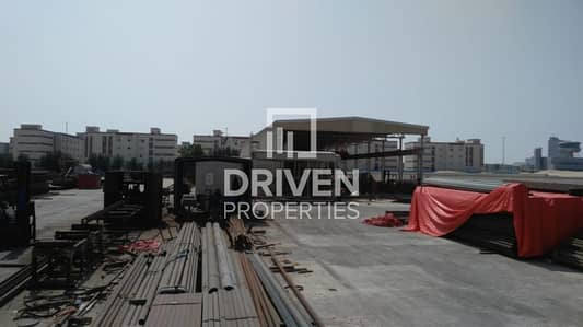 Warehouse for Rent in Dubai Industrial Park, Dubai - Well-proportioned and Amazing Warehouse