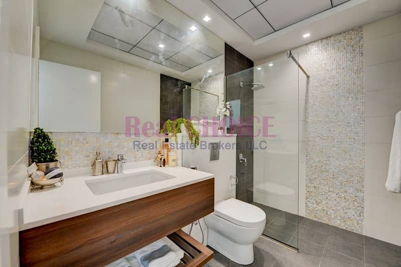 2 Ideal Investment with Good ROI|High End 1BR Unit