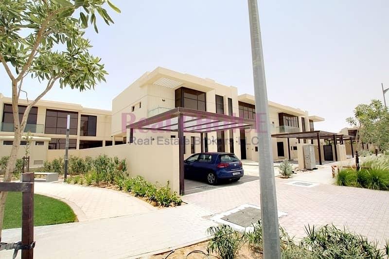 24 Park and Lake View|Spacious 3BR Plus Maids Villa