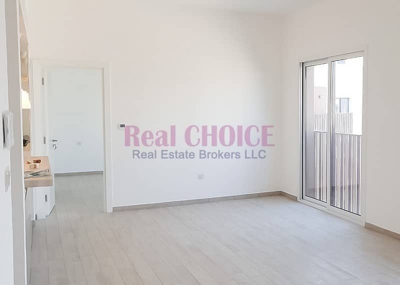 Pool Facing  2BR Apartment|Ready to move in