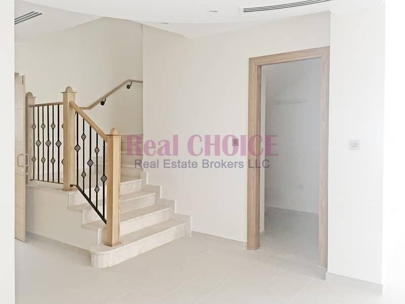 14 Well Maintained Spacious 5BR Villa| Jumeirah Park