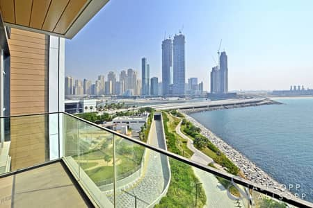 4 Bedroom Apartment for Rent in Bluewaters Island, Dubai - 4 Bed Plus Maids | Full Sea and City Views