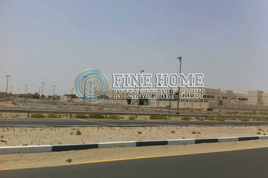 2 Amazing 10 MBR. Villa in Al Madinat Al Riyad