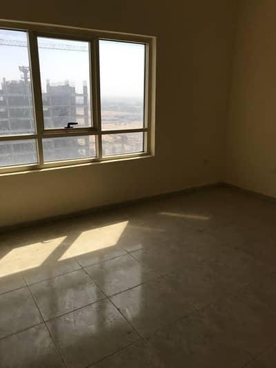 شقة 1 غرفة نوم للبيع في مدينة الإمارات، عجمان - غرفــــة بمجمع مدينة الأمارات ___سعرها لقطة