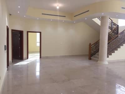 5 Bedroom Villa for Sale in Khalifa City A, Abu Dhabi - For sale Villa finishing very sophisticated and good price in Khalifa a