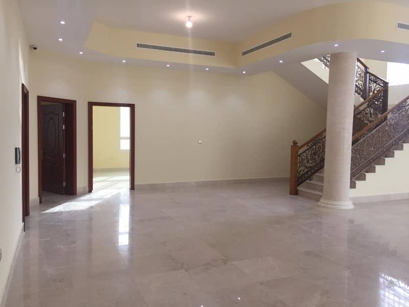 For sale Villa finishing very sophisticated and good price in Khalifa a