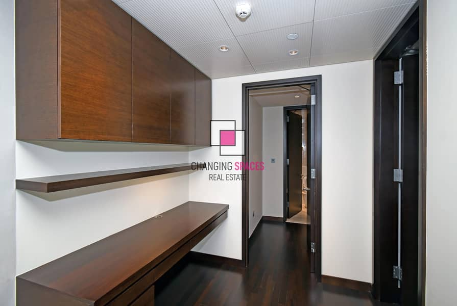 13 Sea View | Mid Floor | With Maid's room and Study