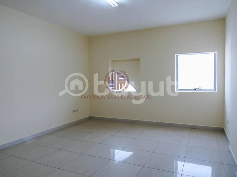 Spacious 1 Bedroom in Middle of City