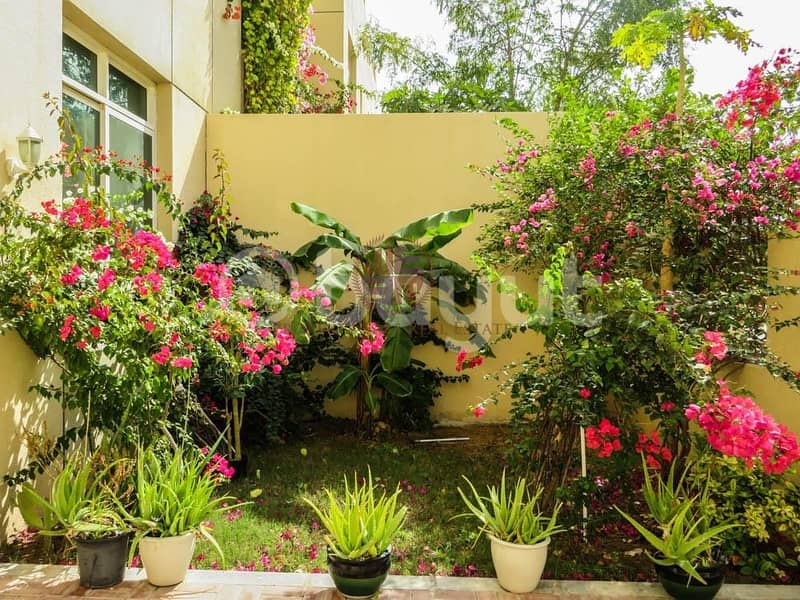 12 Beauty 1 Bedroom with Garden in Friendly Compound