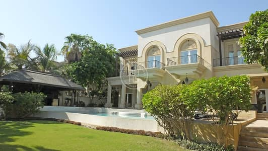 6 Bedroom Villa for Sale in Emirates Hills, Dubai - Full Lake View / Immaculate 6BR Villa Home