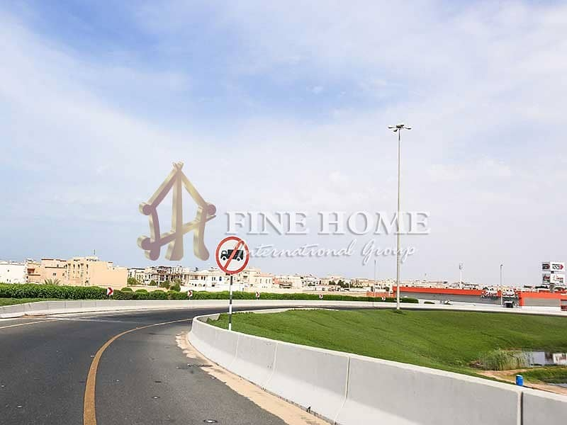 21 Perfect commercial land in madinat Zayed