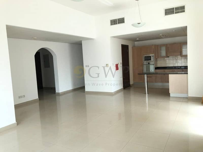 Bright and Spacious|Huge Balcony |Ready To Move In
