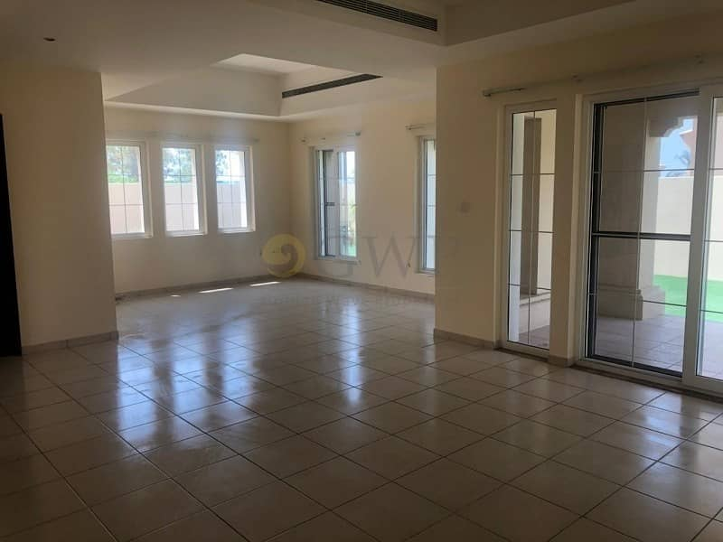 2 Located Near Entrance|Corner Plot|Steal Deal