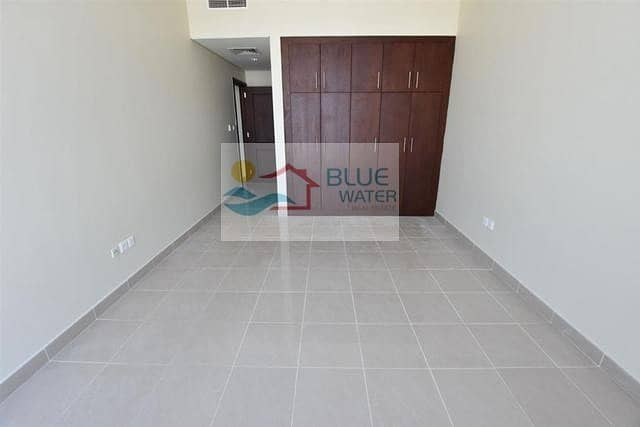 2 2 M/BR With Laundry Room on Muroor Road