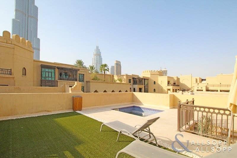 Penthouse | Burj Khalifa View | Al Tajer