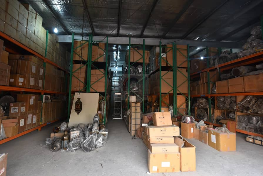 Well-Maintained Big Warehouse for sale in Al Quoz