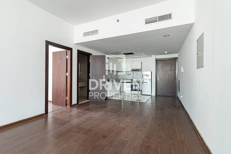 Ready to move in and Spacious Unit in DSO