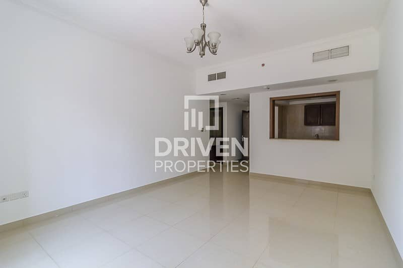 2 Well Maintained 2 Bed Apt | Prime Location