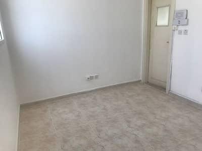 استوديو  للايجار في بين الجسرين، أبوظبي - studio flat inside compound with tawteeq no commission fee