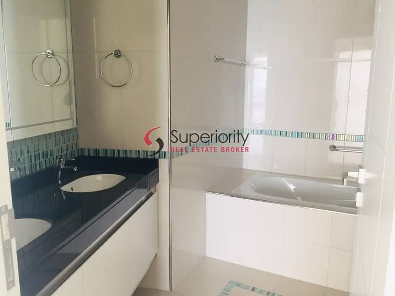 10 Best  Offer|Lowest Service Charge in Marina a Luxury in Dubai Marina a 2 bedroom With a Stunning Sea View