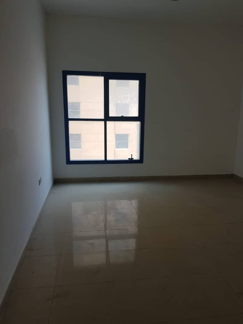 Spacious 3 Bedroom Hall Maidroom with Balcony for Sale in Al Khor Tower.