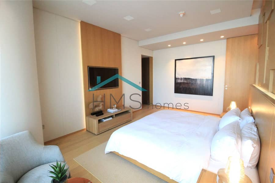 10 Very High Floor   4 Bed Penthouse   Larger Unit