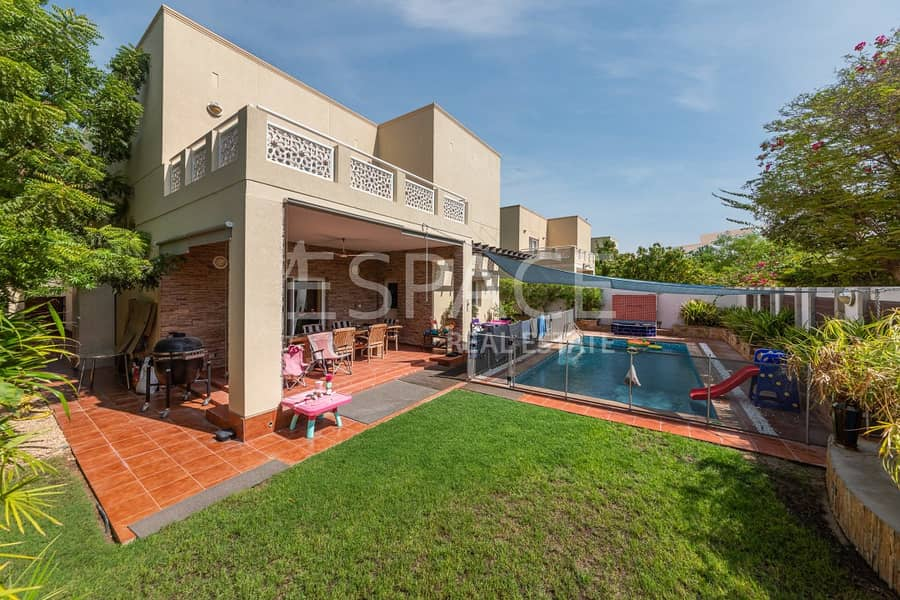 Exclusive Best Fully Upgraded-Private Pool