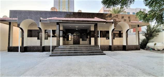 فیلا 10 غرفة نوم للبيع في النعيمية، عجمان - فیلا في النعيمية 2 النعيمية 10 غرف 2000000 درهم - 4362990