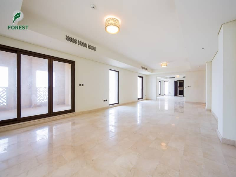 2 Exclusive 4 Beds Penthouse with Full Sea View