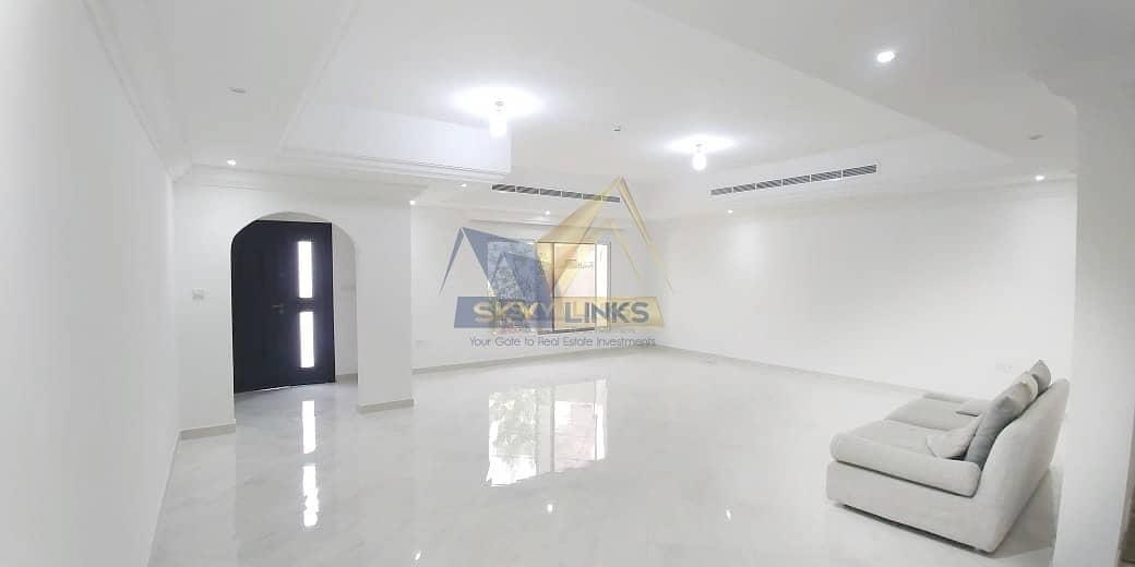 Modern 4BR+Maid|G+1 Floor|Near 2 Parks