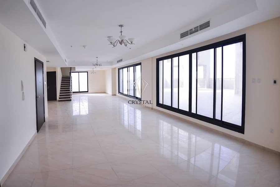 2 03BR Penthouse at Riah Tower