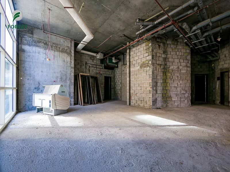 Vacant Retail Shop in Yacht Bay Great Location