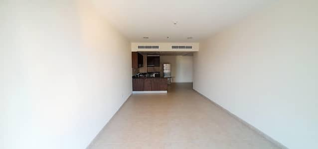 1BHK For Sale With Full Sea View View On High Floor