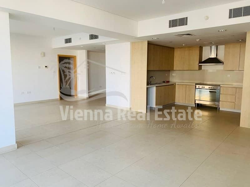 Outstanding 4 Bed Apartment in Al Zeina!