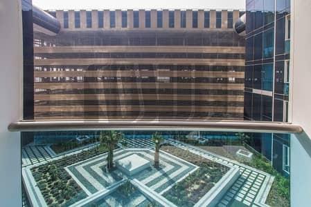 شقة 1 غرفة نوم للايجار في شارع الشيخ زايد، دبي - Elegant 1BR | Prime Location on SZR | Garden Views