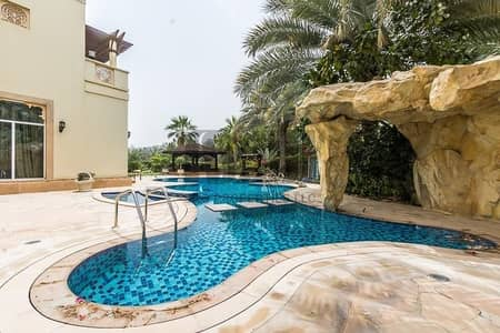 6 Bedroom Villa for Sale in Emirates Hills, Dubai - Luxurious Villa - Full Golfcourse View !