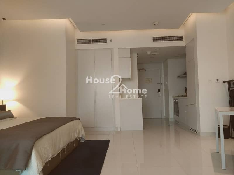 14 4 cheques Payment  | Luxourious Studio Apartment  with canal view for Rent | Damac the Vogue Tower