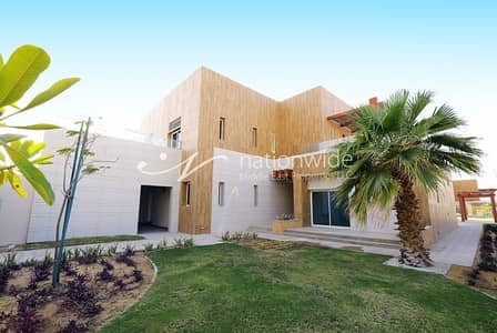 6 Bedroom Villa for Rent in The Marina, Abu Dhabi - Hot Deal Classy Villa w/ Pool and Sea View