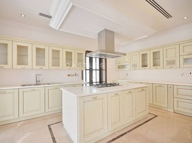 2 Spacious 7 bed+maids+drivers in Polo Homes