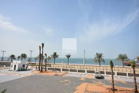 شقة 2 غرفة نوم للبيع في نخلة جميرا، دبي - Luxury 2 bed plus maids with Ocean Views