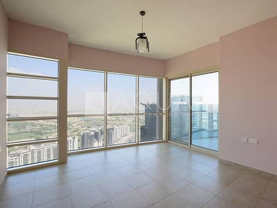 شقة 2 غرفة نوم للبيع في أبراج بحيرات جميرا، دبي - Luxury Upgraded Spacious with Maid Room