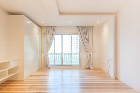 2 Bedroom Townhouse for Rent in Palm Jumeirah, Dubai - Exclusively renovated with high quality fittings
