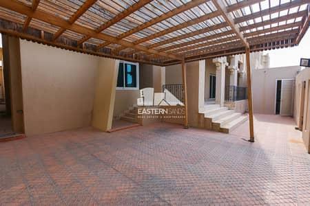 فیلا 4 غرفة نوم للايجار في بين الجسرين، أبوظبي - فیلا في بين الجسرين 4 غرف 200000 درهم - 4029170