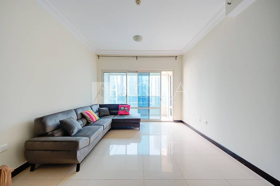 New Fully Furnished Upgraded | Park view