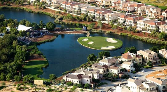 Plot for Sale in Jumeirah Golf Estate, Dubai - Create your Dream Home in the Most Coveted Luxury Spot in Dubai