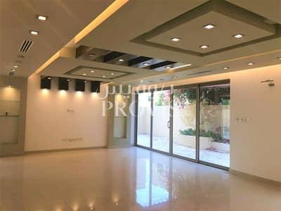 فیلا 4 غرفة نوم للبيع في حدائق الراحة، أبوظبي - Converted into 5 BR Remodelled |At A Top Location