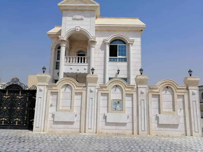 تملك فيلا 6غرف مقابل مسجد مع ملحق خارجي بسعر لقطه