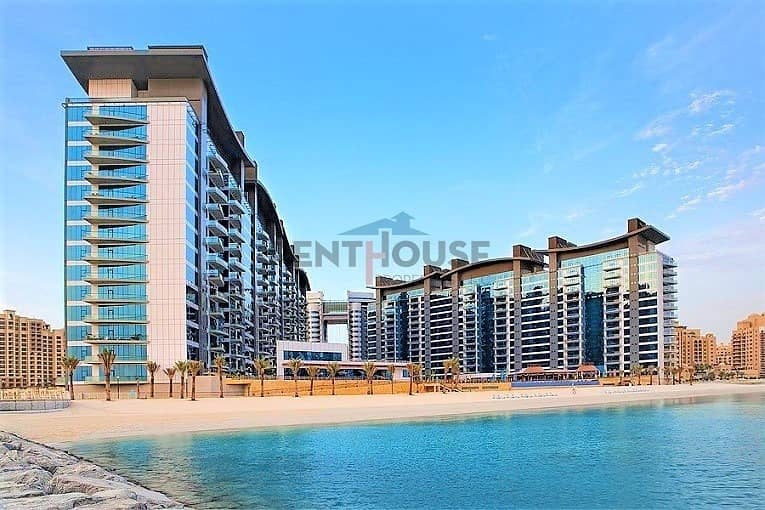 Spacious 1 bedroom with private terrace