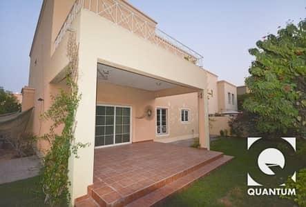 فیلا 4 غرف نوم للايجار في البحيرات، دبي - Excellent Condition   Corner Plot   4 BR