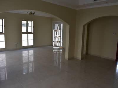 4 Bedroom Villa for Rent in Umm Suqeim, Dubai - Beautiful 4 Bed+Maid's Villa with share pool Near the Beach